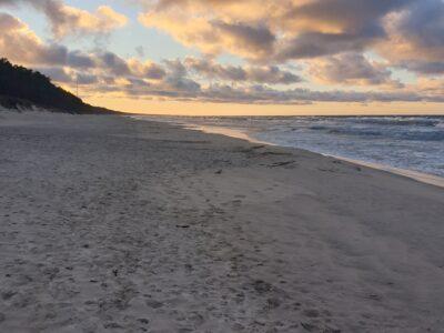 wakacje morze dzieci plaża